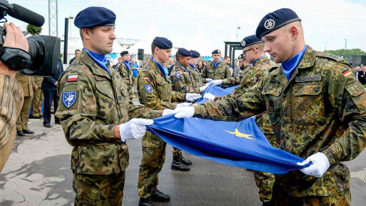 Γερμανοί και Πολωνοί στρατιωτικοί στις δυνάμεις του Ευρωστρατού