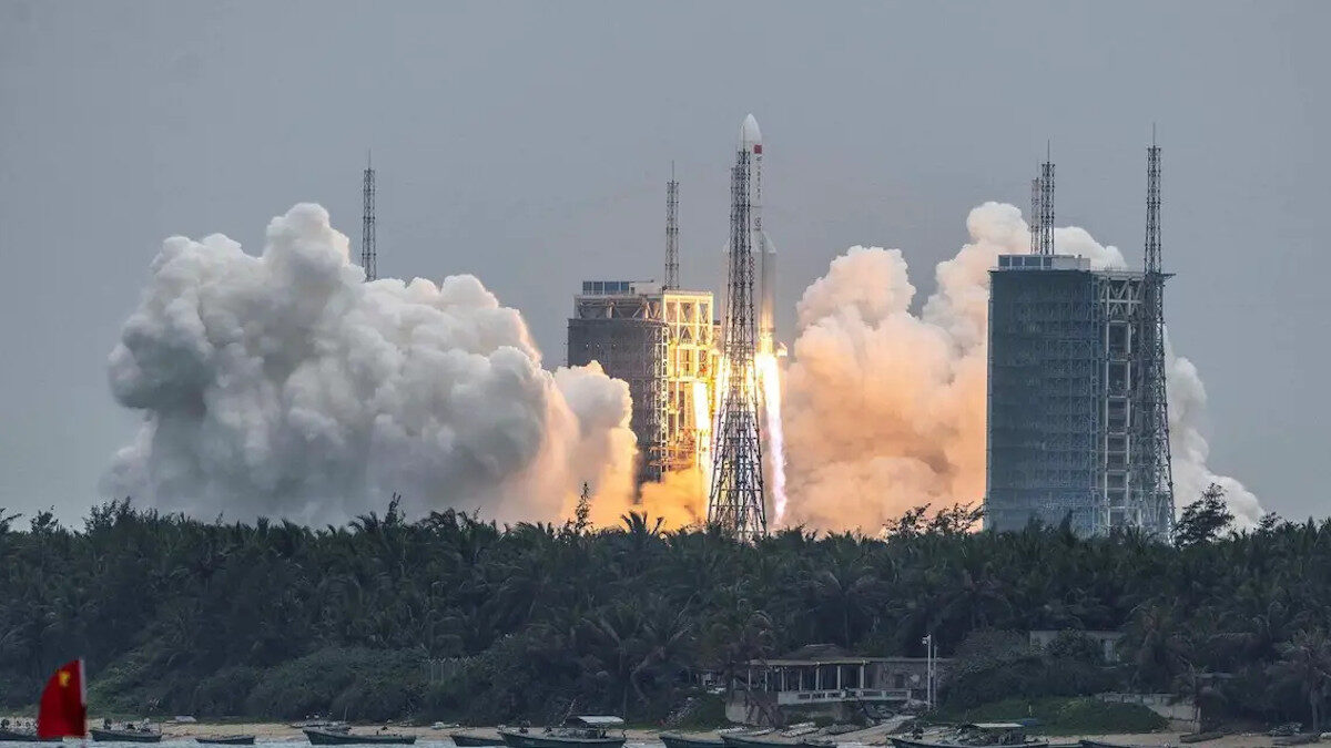Κινεζικός Πύραυλος - Διάστημα