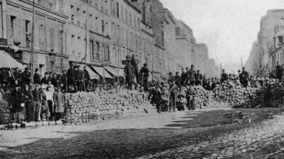 Οδόφραγμα σε λεωφόρο στο Παρίσι από Κομμουνάρους - 1871
