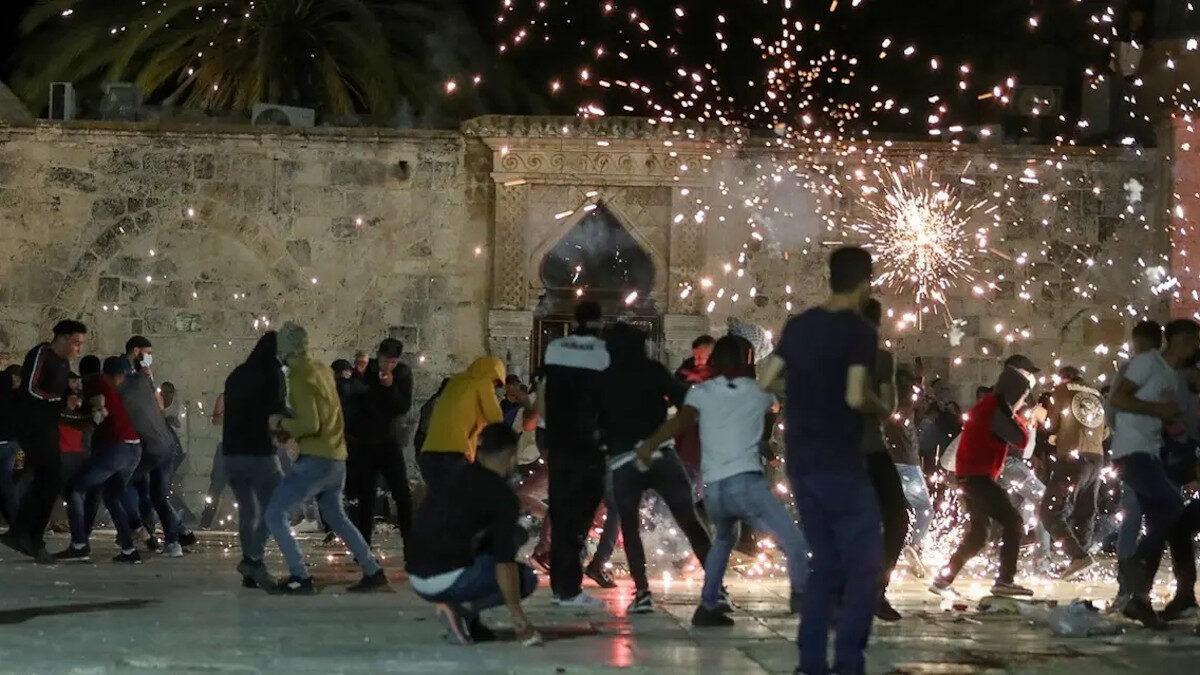 Επίθεση της ισραηλινής αστυνομίας εναντίον Παλαιστινίων στην Ανατολική Ιερουσαλήμ