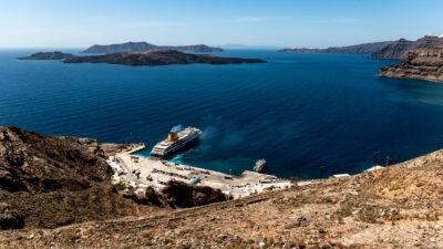 Σαντορίνη - καλοκαίρι - καιρός αίθριος - Επιβατηγό πλοίο