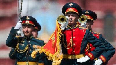 Από την στρατιωτική παρέλαση στην Κόκκινη Πλατεία για τον εορτασμό της Αντιφασιστικής Νίκης των Λαών