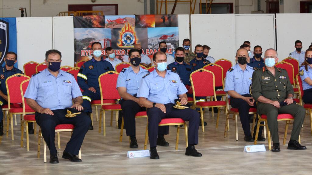 Πυροσβεστική - Τελετή απονομής πτυχίων του 1ου Σχολείου στην καταρρίχηση με τεχνική Rapel στην 112 ΠΜ, εντός του Στρατιωτικού Αεροδρομίου της Ελευσίνας