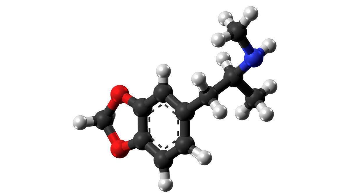 Η 3,4-μεθυλαινοδιοξυμεθαμφεταμίνη (MDMA), κοινώς γνωστή ως ecstasy (για συντομία E, X, XTC), είναι ψυχοτρόπος ουσία