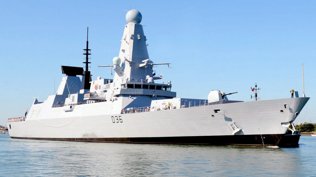 Το Αντιτορπιλικό HMS Defender του Βασιλικού Ναυτικού / Ηνωμένο Βασίλειο
