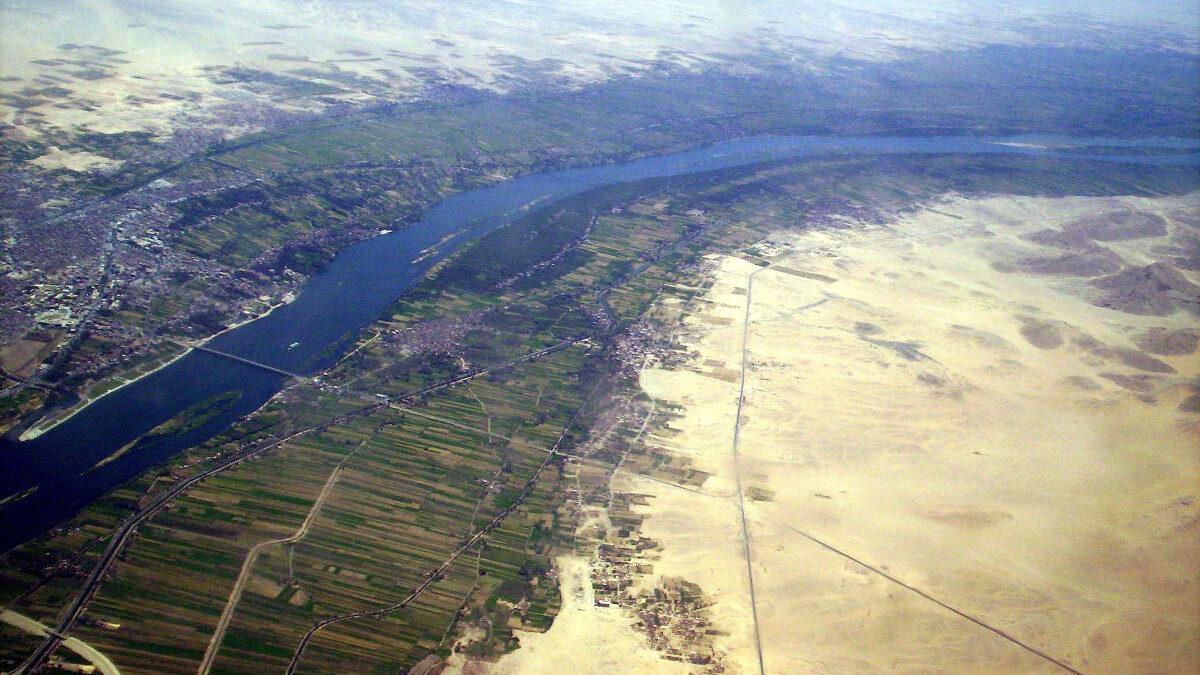 Αεροφωτογραφία της Κοιλάδας του Νείλου ποταμού στο Λούξορ, Αιγυπτος