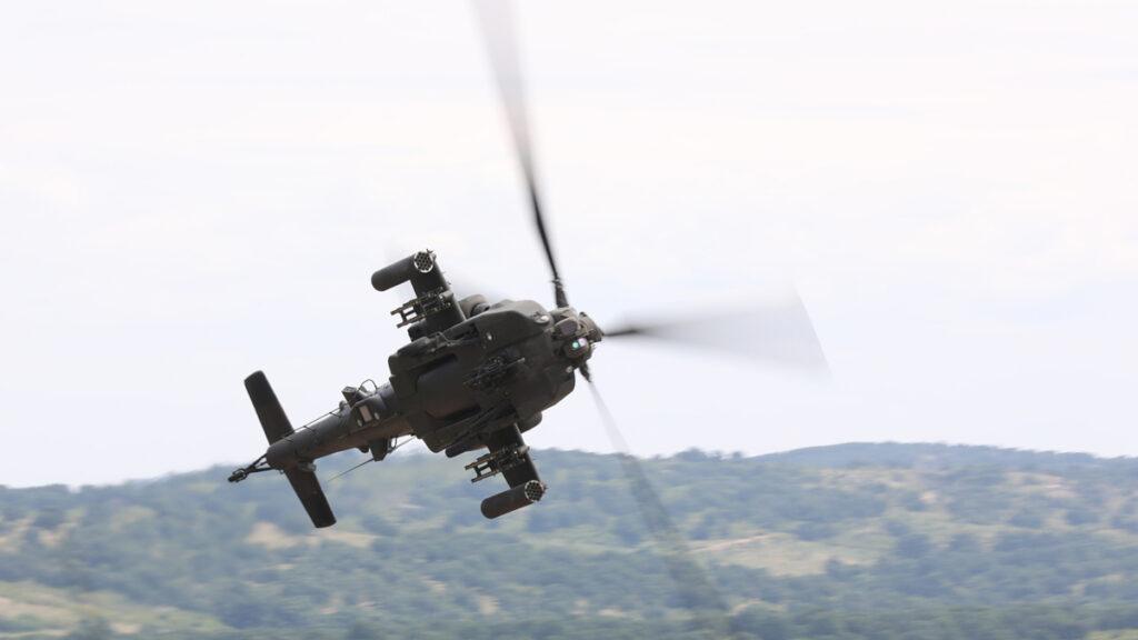 Ελικόπτερο της Αεροπορίας Στρατού στην «STRIKE BACK-21» στο Κορέν της Βουλγαρίας EUROKINISSI / Γ.Τ. ΓΕΣ )