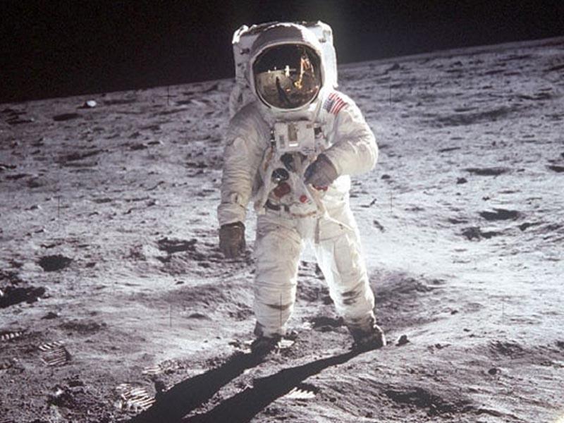 ΗΠΑ - Διαστημικό πρόγραμμα - Νιλ Άρμστρονγκ