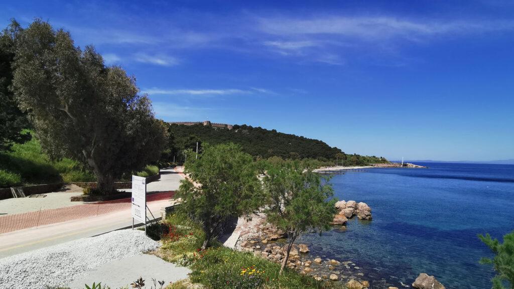 30ο Αντιιμπεριαλιστικό Διήμερο της ΚΝΕ - Η παραλία μπροστά από το άλσος