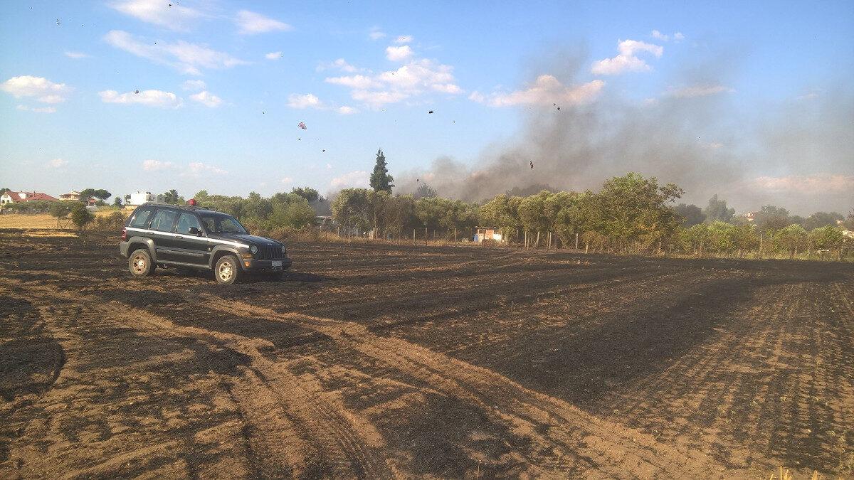 Φώτο Αρχείου : Πυρκαγιά στο Αγγελοχωρι Θερμαϊκού 06/07/2021