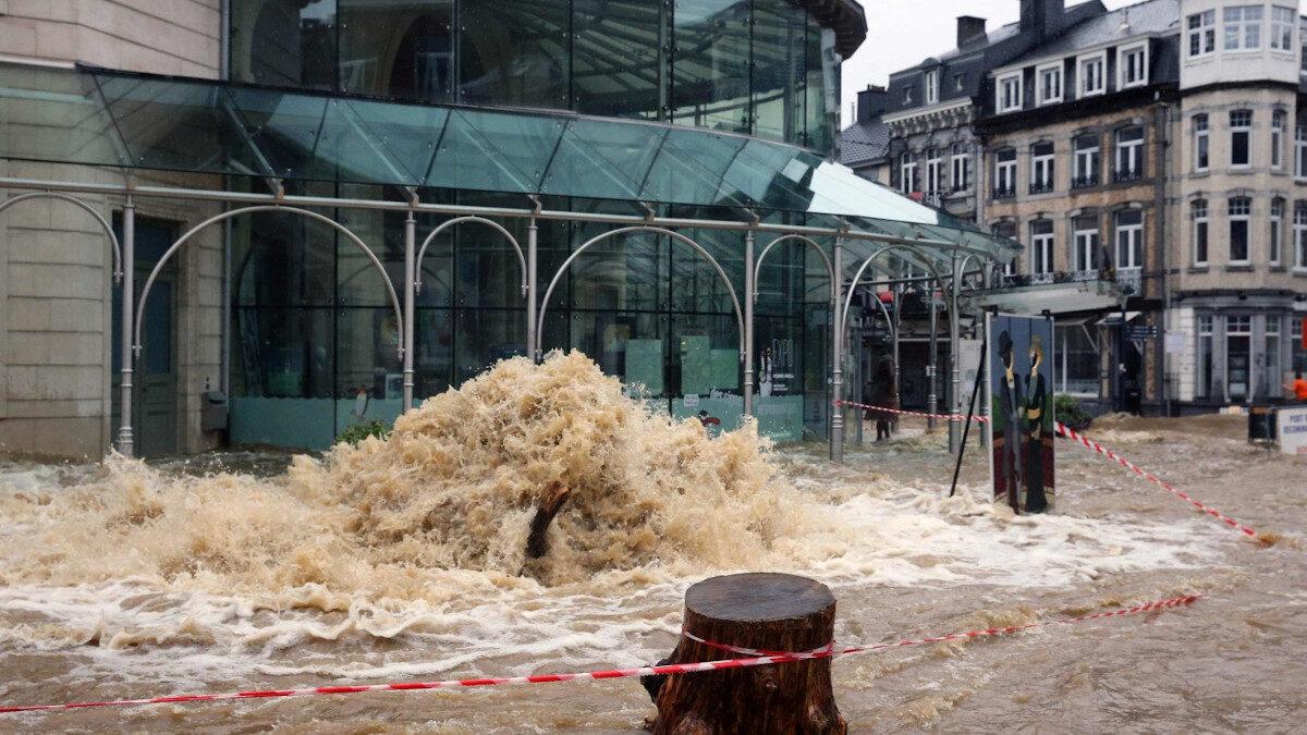 Σπα, πόλη του Βελγίου / Πλημμύρες στο Βέλγιο με δεκάδες τραυματίες και νεκρούς