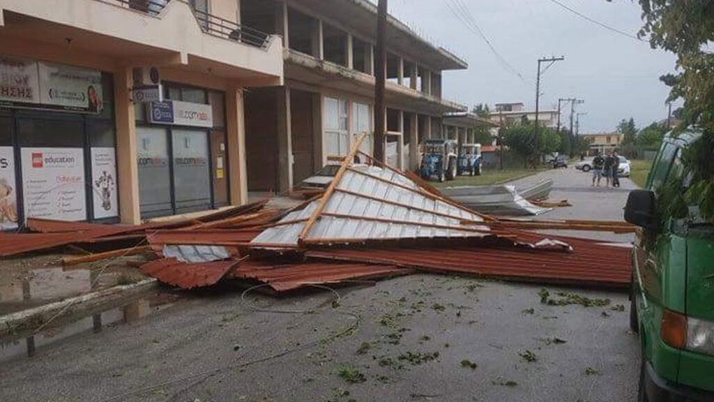 Παλαμάς Καρδίτσας: Ισχυρό μπουρίνι - Μεγάλες καταστροφές