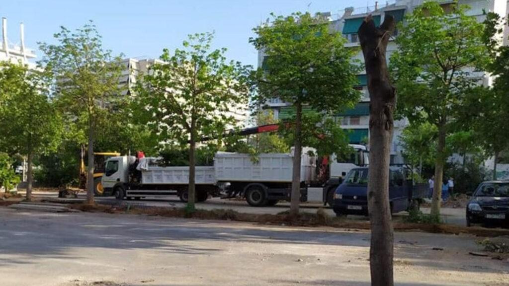 Περιβάλλον - Καταστροφή του πάρκου στην οδό Ιακωβάτων, Κάτω Πατησίων από τη δημοτική αρχή Αθηναίων