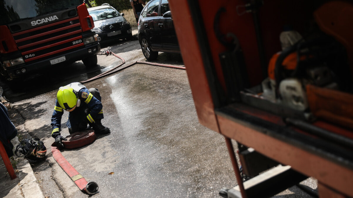 Πυροσβέστες / Αστική πυρκαγιά / Πυρκαγιά σε διαμέρισμα στο Μαρούσι