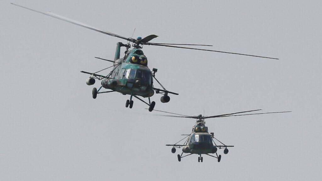 """Στρατιωτικά ελικόπτερα στην άσκηση """"Three Swords-2021"""" - Άσκηση στην Ουκρανία με ΗΠΑ Πολωνία Λιθουανία"""