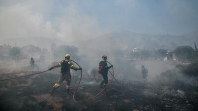Πυρκαγιά στη περιοχή Μαρκάτι Κερατέας. .Δευτέρα 16 Αυγούστου 2021