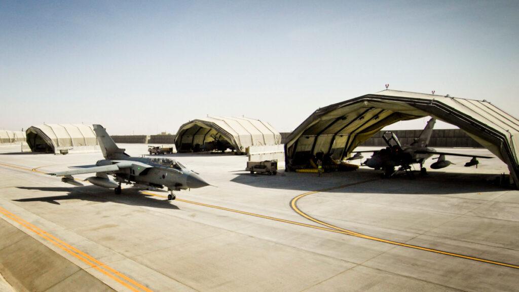 Βρετανική Αεροπορική Βάση στη Κανταχάρ του Αφγανιστάν - Tornado της RAF - 2009