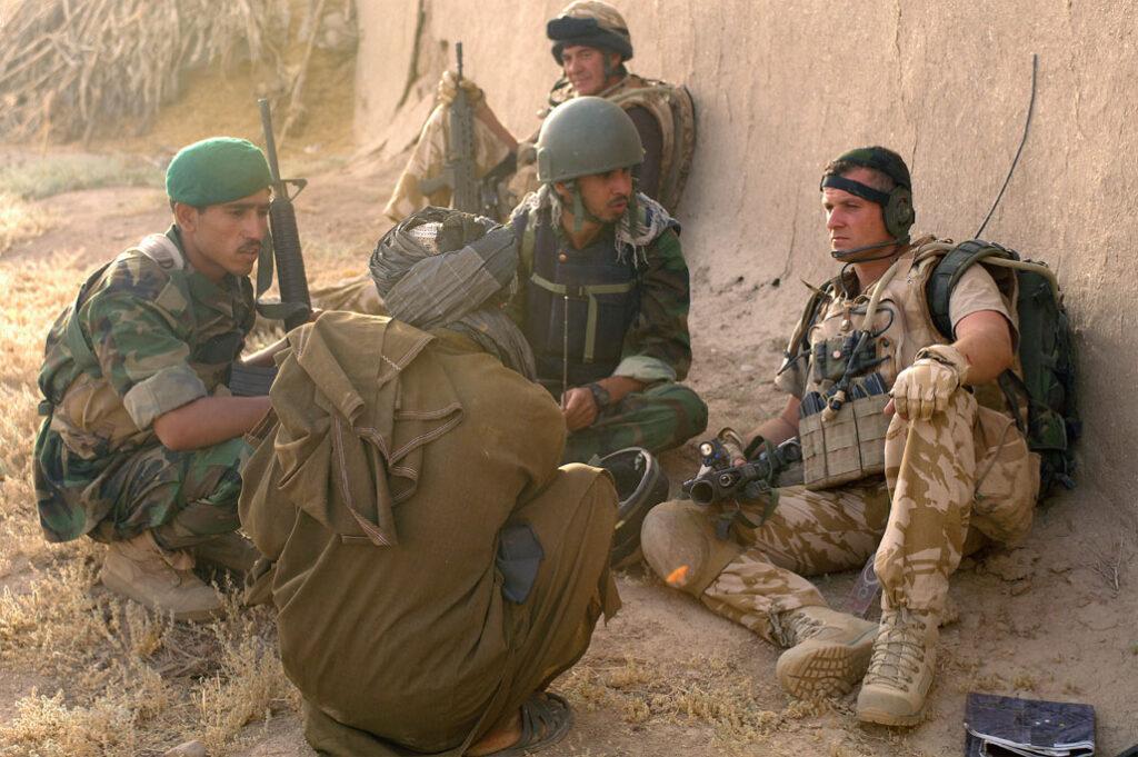 Βρετανοί στρατιώτες της Νατοϊκής Δύναμης (ISAF) στο Αφγανιστάν - Ιούνιος 2008