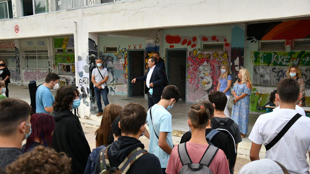 Ο Κώστας Πελετίδης σε αγιασμό σχολείου