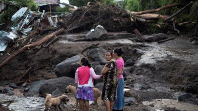 Από παλαιότερες έντονες βροχοπτώσεις στο Ελ Σαλβαδόρ