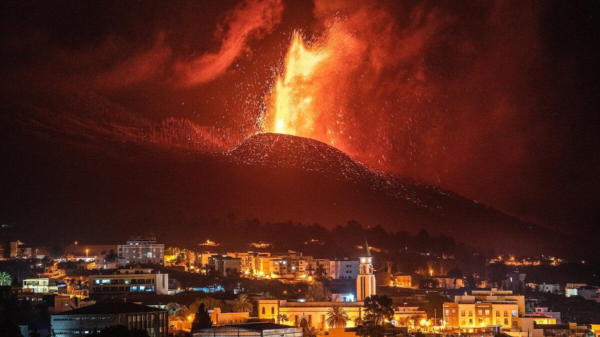Ηφαιστειακή έκρηξη στην ισπανική νήσο Λα Πάλμα