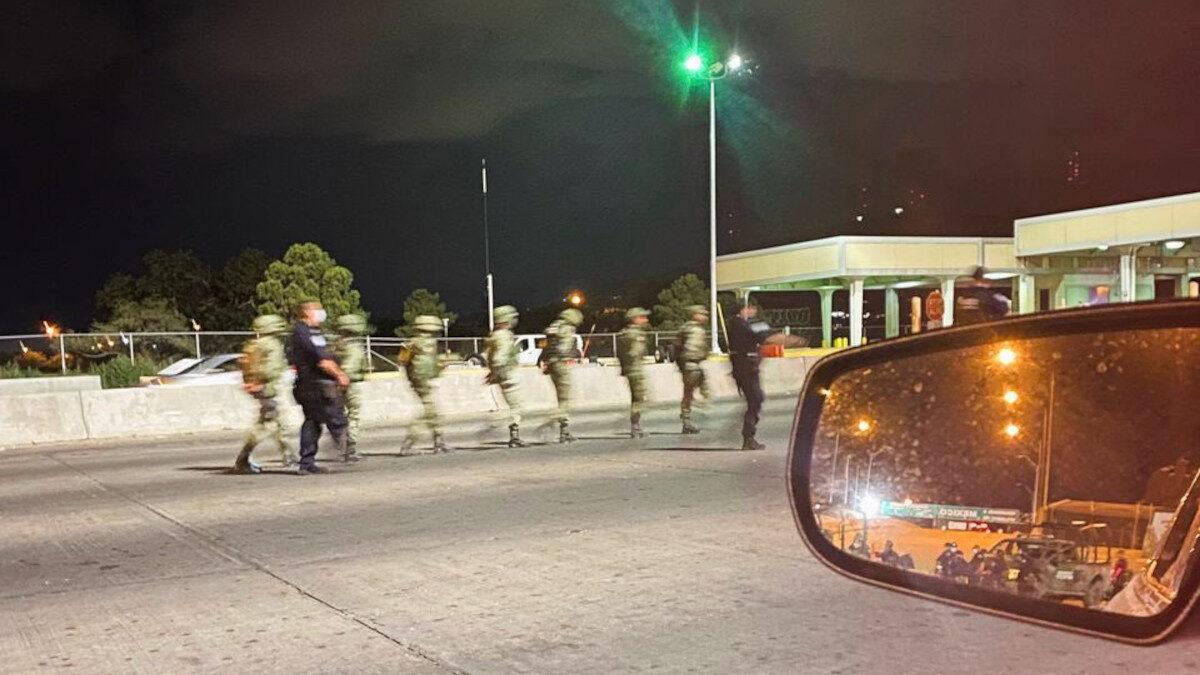 στρατιώτες από το μεξικό στο ελ πάσο