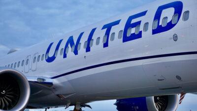 αεροπλάνο της united airlines