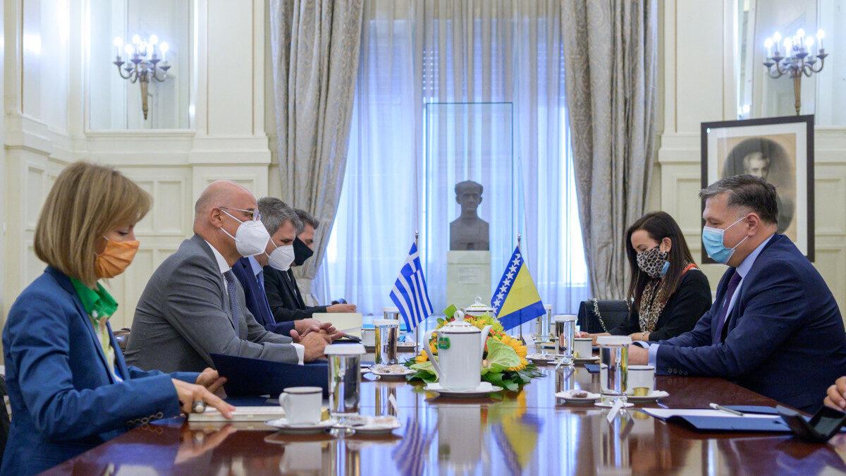 Με τον Αναπληρωτή Υπουργό Εξωτερικών της Βοσνίας & Ερζεγοβίνης, Josip Brkic συναντήθηκε σήμερα ο Έλληνας Υπουργός Εξωτερικών, Ν. Δένδιας.