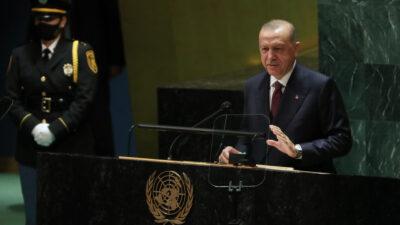 Ο Τούρκος Πρόεδρος, Ρ.Τ. Ερντογάν, από το βήμα της 76ης Γενικής Συνέλευσης του ΟΗΕ