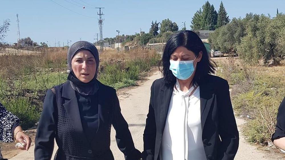 Ελεύθερη η παλαιστίνια Χαλίντα Τζαράρ μετά από 2 χρόνια σε φυλακή του Ισραήλ