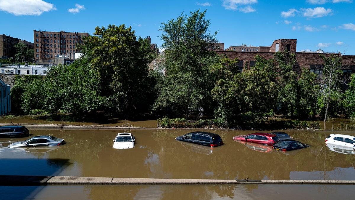 Νέα Υόρκη - Πλημμύρες στις Ανατολικές ακτές των ΗΠΑ με νεκρούς και τραυματίες από το πέρασμα της καταιγίδας Αΐντα