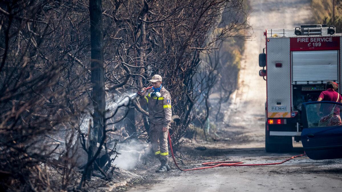 Πυροσβεστική - Πυροσβέστης - Δάσος - Πυρκαγιά στο Μαρμάρι Εύβοιας. Δευτέρα 23 Αυγούστου 2021