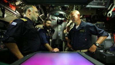 """Ο Διοικητής Υποβρυχίων του NATO (COMSUBNATO) στο Υ/Β """"Κατσώνης"""""""