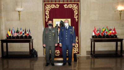 Ελληνική αντιπροσωπεία αποτελούμενη από τον Διευθυντή ΓΕΕΘΑ/ΔΥΓ Υποπτέραρχο (ΥΙ) Δημήτριο Χατζηγεωργίου και τον Τμηματάρχη του Τμήματος Υγειονομικής Υποστήριξης του ΓΕΕΘΑ/ΔΥΓ Συνταγματάρχη (ΥΚ) Χρήστο Βαμβακίδη συμμετείχε στο 1ο Συνέδριο της Ευρωπαϊκής Ένωσης για τις Στρατιωτικές Υπηρεσίες Υγείας, που πραγματοποιήθηκε στη Μαδρίτη της Ισπανίας το χρονικό διάστημα 6 έως 8 Οκτωβρίου 2021.