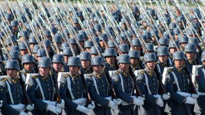Στρατός της Χιλής σε παρέλαση στο Σαντιάγκο το 2014