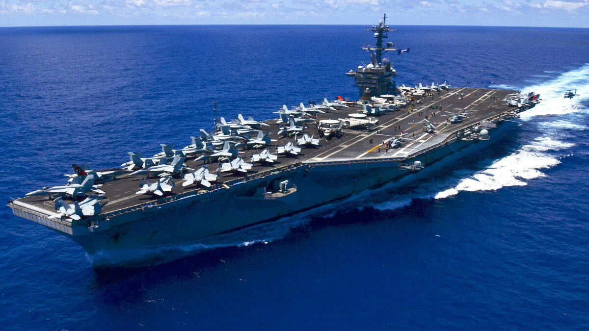 Αεροπλανοφόρο USS Carl Vinson (CVN 70) του Πολεμικού ναυτικού των ΗΠΑ