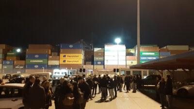 3η ημέρα απεργίας των εργαζομένων της Cosco μετά το θάνατο εργάτη και την άρνηση της εργοδοσίας των ικανοποιήσει τα αιτήματά τους