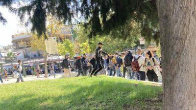 Από την ώρα της επίθεσης φασιστοειδών στην πλατεία Ελευθερίας στην Ηλιούπολη Θεσσαλονίκης