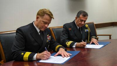 Ο 14ος κύκλος συνομιλιών μεταξύ του Πολεμικού Ναυτικού της Ελλάδας και του Πολεμικού Ναυτικού των ΗΠΑ διεξήχθη στη Νάπολη από τις 12 έως τις 14 Οκτωβρίου.