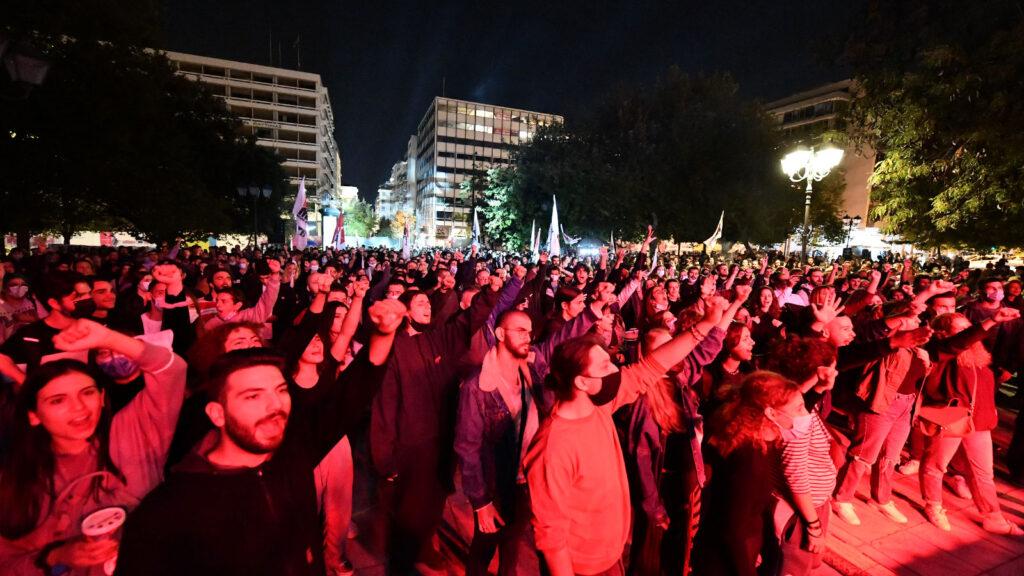7 Οκτώβρη 2021 - Μεγάλη αντιφασιστική συναυλία: «Δεν ξεχνάμε! Το φασισμό και το σύστημα που τον γεννά πολεμάμε!»