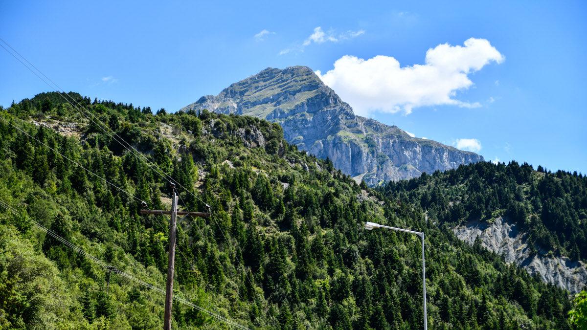 Βουνό - Λιακάδα - Σύννεφα - Κορυφή - Ελατοδάσος - Αθαμανικά όροι - Τζουμέρκα